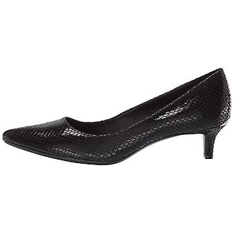 Calvin Klein Womens Gabrianna Leather Pointed Toe Classic Pumps