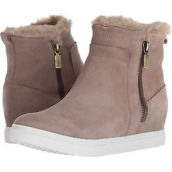 Blondo Women's Glade Sneaker