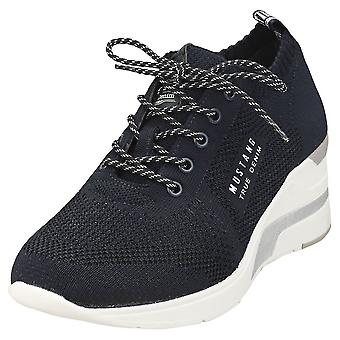 Mustang Lace Up Low Top Sneaker Womens Platform Trainers in Navy