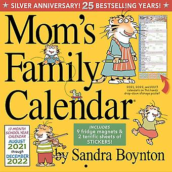Moms Family Wall Calendar 2022 door Workman Calendars