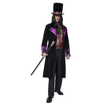 The Gothic Count Costume, Chest 42