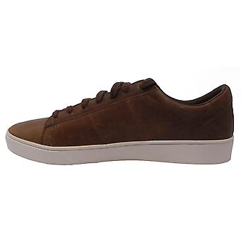 Fred Perry B8220 C56 Spencer Leather Trainers