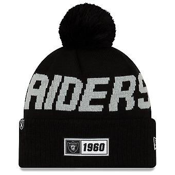 Nowa era NFL Oakland Raiders 2019 Sideline Road Sport Knit