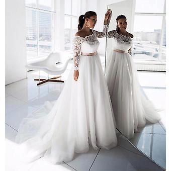 Elegant Lace Long Sleeve Wedding Dress