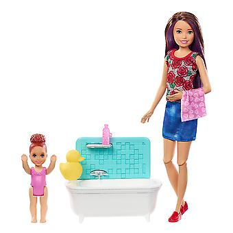 Barbie FXH05 Babysitters Inc Playset with Bathtub
