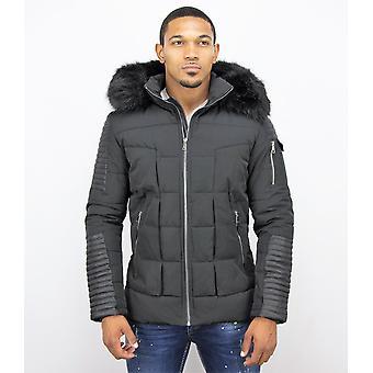 Short Winter Coat - Faux Fur Fur Collar - Black