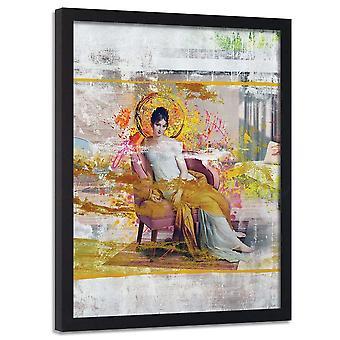 Poster no quadro, senhora na cadeira