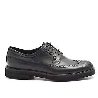 Wilton Derby Shoe With Black Leather Holes