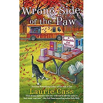 Wrong Side of the Paw (Bookmobile Cat Mystery)