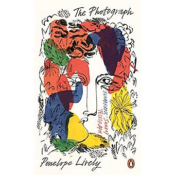 The Photograph by Penelope Lively - 9780241986486 Book