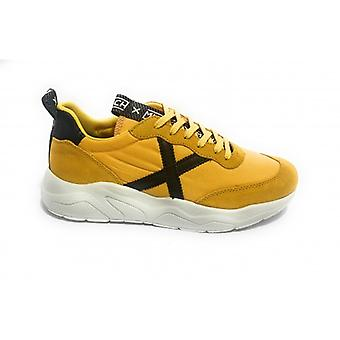 Munich Sneaker Running Wave 05 Suede/ Nylon Yellow Men's U20mu07