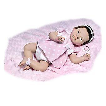 Vauvanukke Uudelleensyntynyt Yasmina Rauber