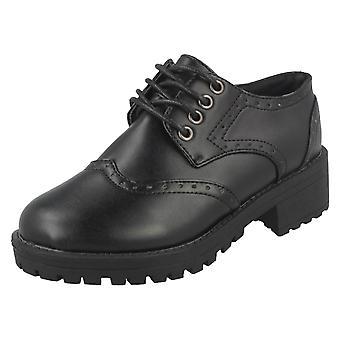 Jenter flekk på midten av tykk hæl aksent School sko H3071