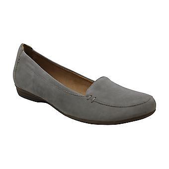 Naturalizer mujeres Saban cerrados del dedo del pie zapatos