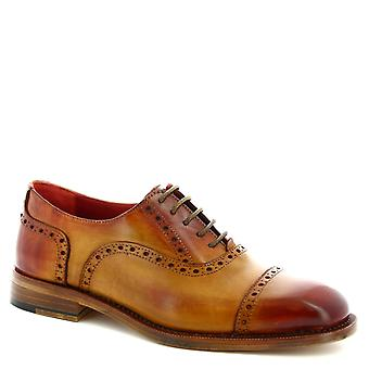 Leonardo Shoes Men's handmade lace-ups brogue derby shoes in tan calf leather