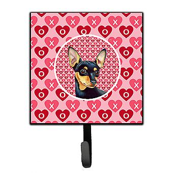 Carolines Treasures  LH9155SH4 Min Pin Valentine's Love and Hearts Leash or Key