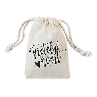 Med Grateful Heart-drawstring-pose