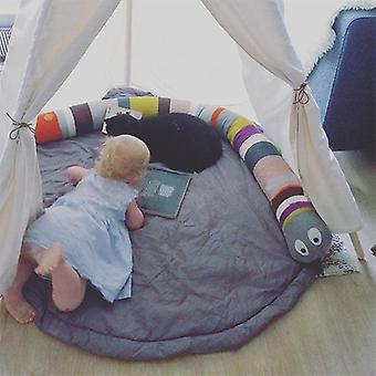 Coussin bébé de bébé de bébé de bébé de bébé de serpent d'arc-en-ciel.