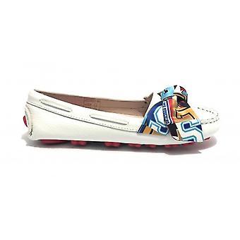 Dame sko kjærlighet Moschino hvitt skinn mokacasic med bue og gummi bunn Ds19mo18