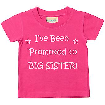 Olen ylennettiin iso sisko pinkki t-paita