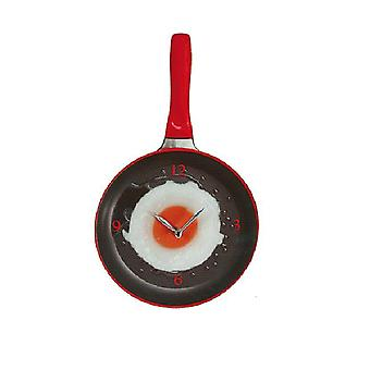 Padella di orologio di parete con uovo fritto-rosso