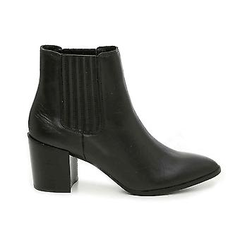 Steve Madden Femme Natalia Cuir Pointed Toe Ankle Fashion Boots