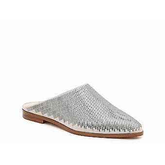 1. State Womens Baten Pointed Toe Mules