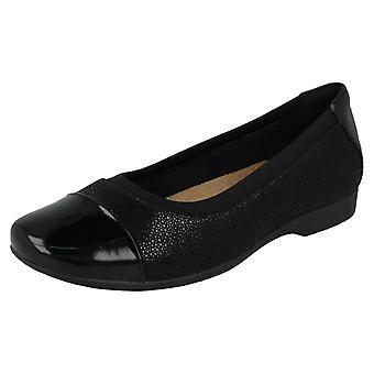 Damen unstrukturiert von Clarks Casual Schuhe Un Darcey Cap