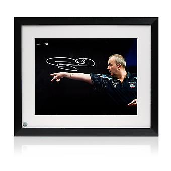 Phil Taylor Signé Darts Photo: Feel The Power. Encadré
