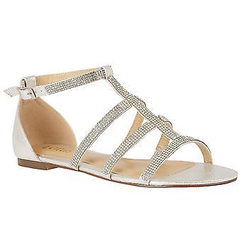 Lotus Zelina naisten tasainen sandaalit