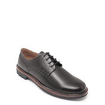 Zapato de encaje de cuero Chums con suela resistente