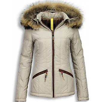 Short Winter Coat With Hood - Beige