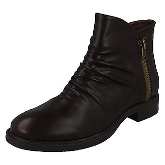 Ladies Spot On Low Heel Rouched Ankle Boot F51031