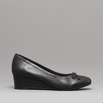 Hush Puppies Morkie Charm Ladies Leather Wedge Shoes Black