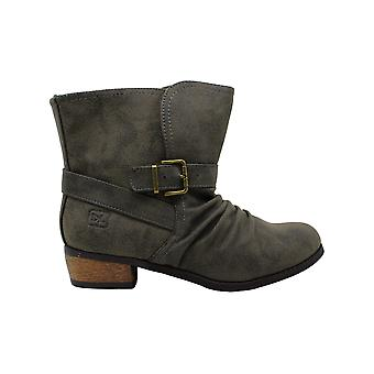 Dirty Laundry Women's Chickadee Distres Motorcycle Boot