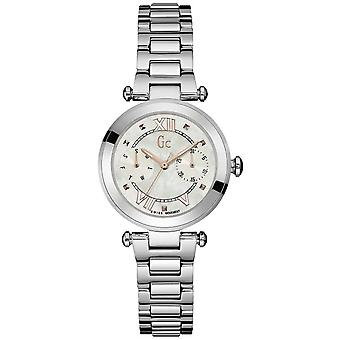 R.gc. sport chic watch for Women Analog Quartz with stainless steel bracelet Y06010L1