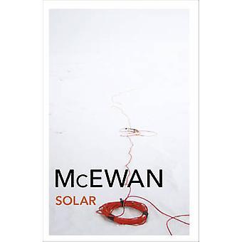 Solar av Ian McEwan - 9780099549024 bok