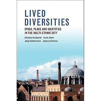 Bodde forskjeller - Space - sted og identitet i multietniske C