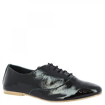 Leonardo Shoes Women's handmade elegant lace-ups shoes in black patent leather