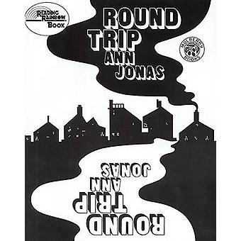 Round Trip by Ann Jonas - Ann Jonas - 9780688099862 Book