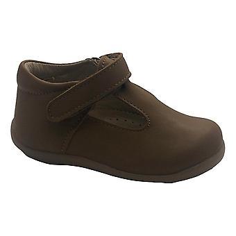 PETASIL Classic Tbar Shoe In Brown