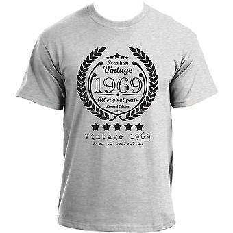 Premium Vintage 1969 Aged to Perfection Limited Edition Birthday Present Mens t-shirt
