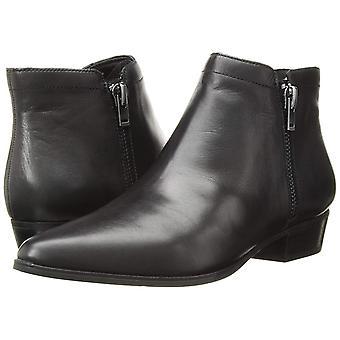 Naturalizador mujer Blair cuero almendra toe tobillo botas de moda