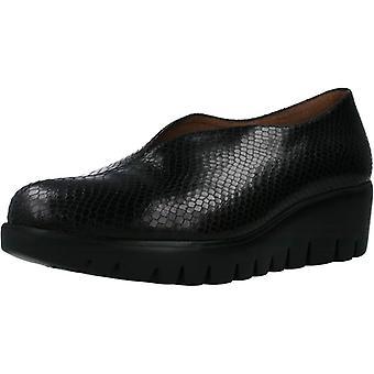 Wonders Comfort Shoes C33228 Color Flyer