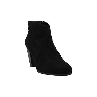 American Rag Womens AARIAF Suede Closed Toe Ankle Fashion Boots