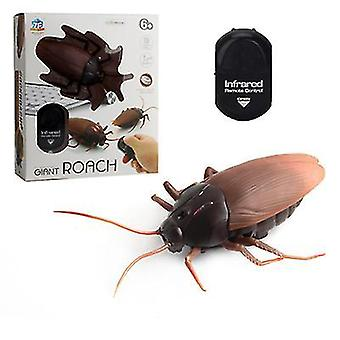 Cockroach 9*14cm electric cockroach infrared remote control simulation induction rattlesnake spider animal toy halloween party decoration az16056