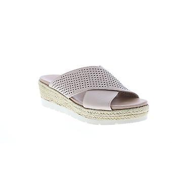 Earth Adult Womens Modena Marigold Leather Flip-Flops Sandals