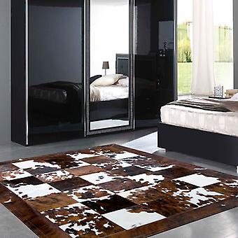 Rugs -Patchwork Leather Cubed Cowhide - Normandy Cow with Border