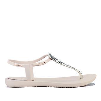 Women's Ipanema Class Sandals in Cream