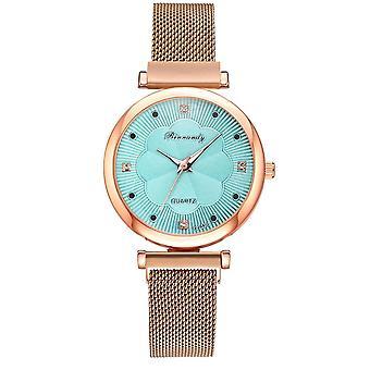 5pcs Set Women Watches Luxury Magnet Buckle Flower Rhinestone Watch, Ladies
